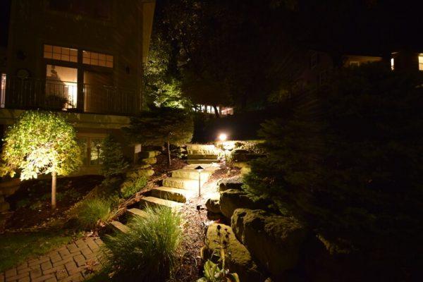 pathway lighting kenosha, walkway lights libertyville, sidewalk lights lake bluff