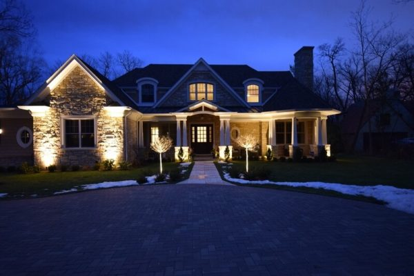 kenosha landscape lighting, libertyville exterior light installation, lake bluff walkway light installation