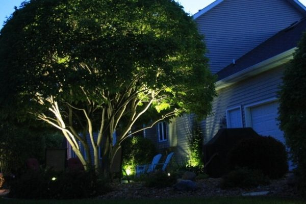 kenosha outdoor lighting, landscape lighting libertyville, lake bluff outdoor lighting