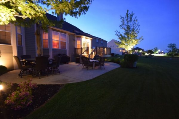 kenosha landscape lighting, libertyville outdoor lighting, lake bluff exterior lighting