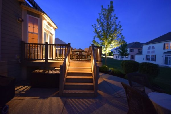 kenosha patio lights, porch light install lake bluff, libertyville outdoor lighting