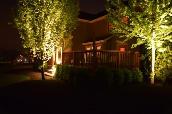 kenosha outdoor lighting, exterior lights kenosha, landscape lighting kenosha