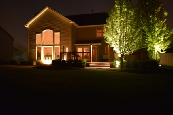 outdoor lighting libertyville, landscape lighting libertyville, install outdoor lights libertyville