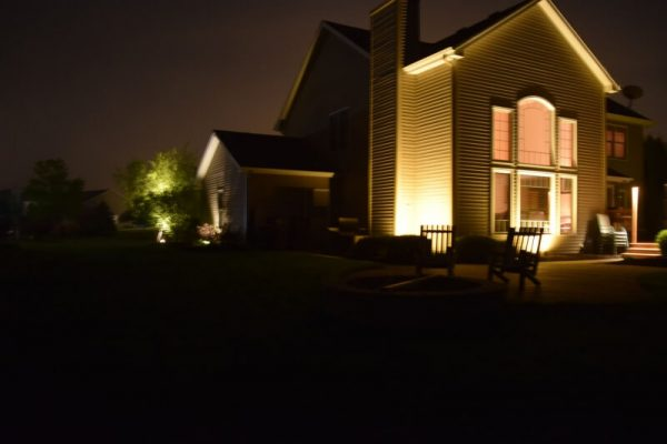 kenosha landscape lighting, libertyville landscape lighting, lake bluff landscape lighting