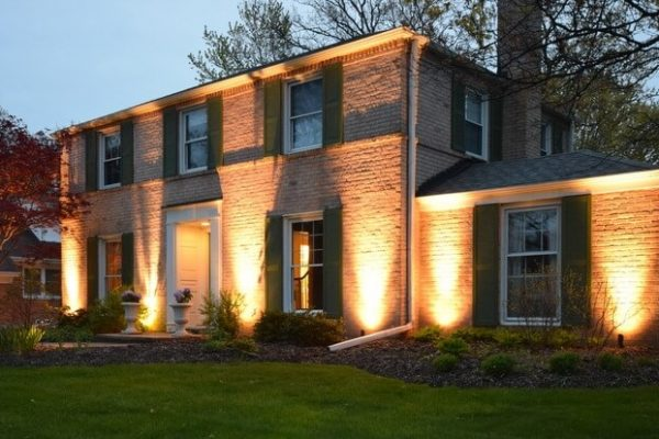 accent lighting kenosha, outdoor lighting, mike's landscape lighting