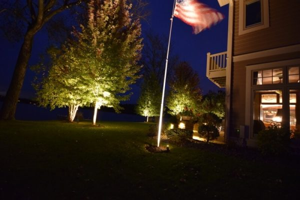 flag lighting, tree lighting, landscape lighting