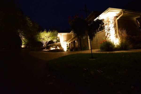 driveway lighting, accent lighting, landscape lighting racine