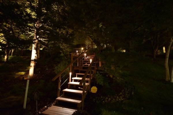 kenosha walkway light installation, libertyville stairway lights, lake bluff stair light installation