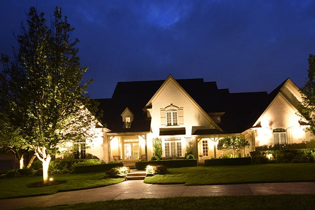 kenosha landscape lighting, libertyville outdoor light installation, security light installation lake bluff