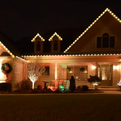 holiday lighting, christmas light service, mikes landscape lighting
