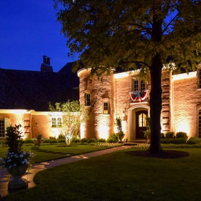 outdoor accent lighting, professional landscape lighting, mikes landscape lighting