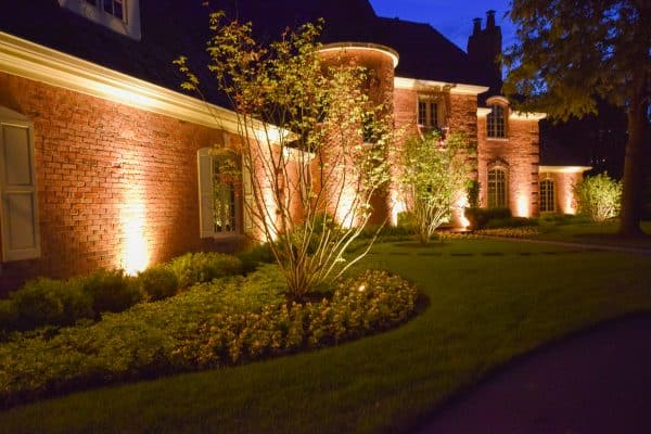 mikes landscape lighting, outdoor lighting, professional landscape lighting
