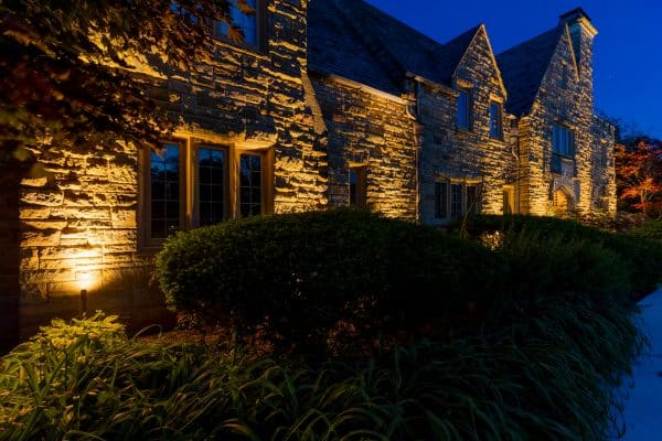mikes landscape lighting, outdoor lighting installation, outdoor accent lights