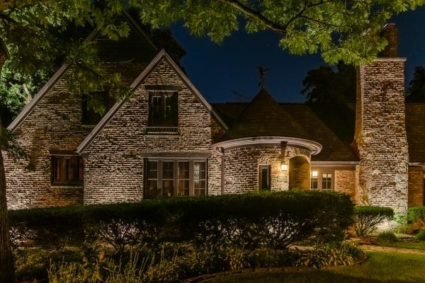 accent lighting installation, mikes landscape lighting, outdoor lighting installation