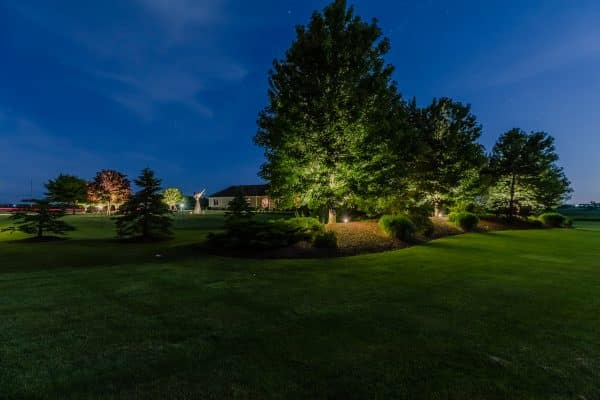professional landscape lighting installation, mikes landscape lighting, outdoor lighting