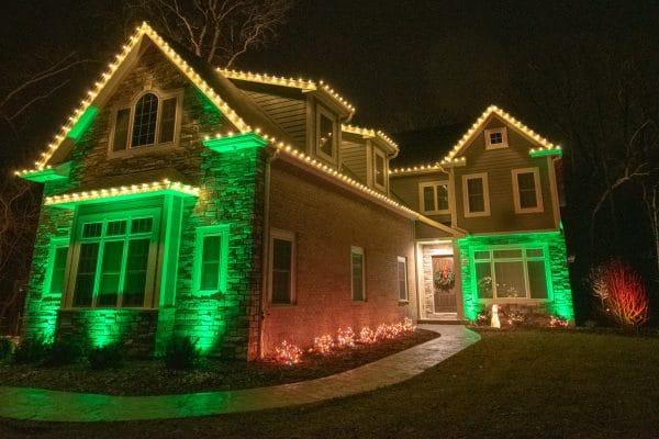christmas lighting, mikes landscape lighting, holiday lighting