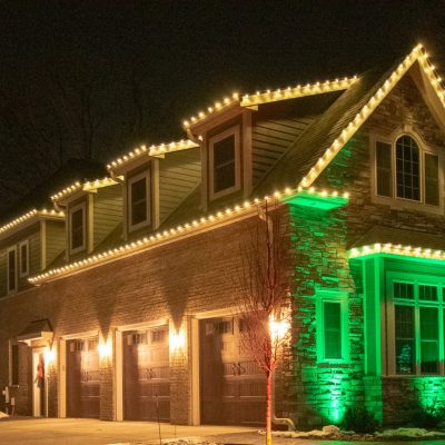 professional holiday lighting, mikes landscape lighting, christmas lighting