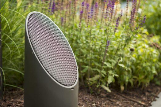 outdoor audio in winnetka, mikes landscape lighting, outdoor speakers in winnetka