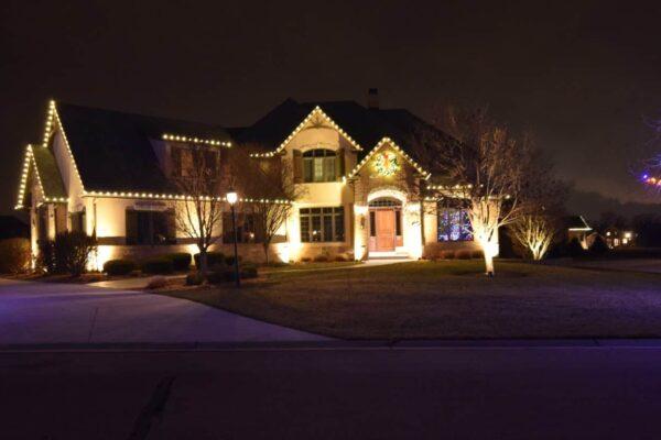 christmas light installation, lake county christmas lights, lake county landscape lighting