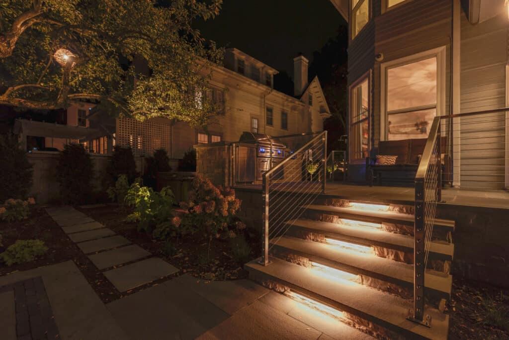 outdoor lighting in evanston, mike's landscape lighting, outdoor lighting experts in evanston