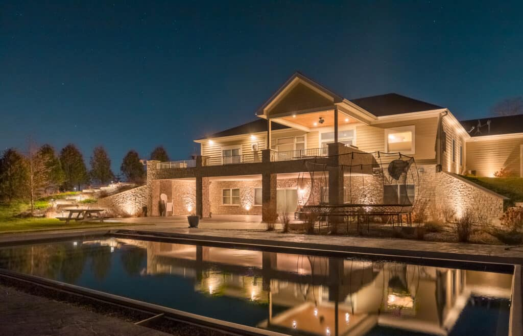 outdoor lighting in highland park, mikes outdoor lighting, mike's landscape lighting