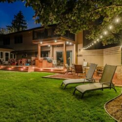 mikes landscape lighting, illinois home lighting, outdoor lighting services