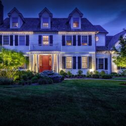 outside lighting services, outdoor lighting features, lake forest lights